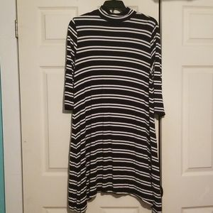 Cato Striped dress w/ long sleeves